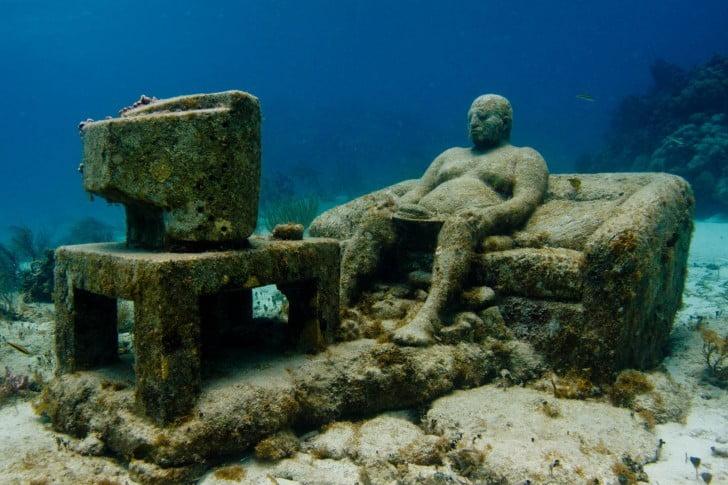 Inertia Underwater Sculpture Jason DeCaires Taylor